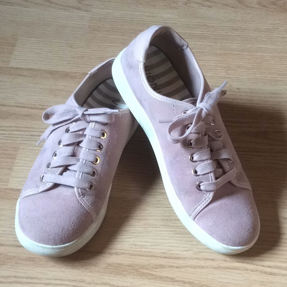 Vionic Shoes | Brinley Size 6 Casual
